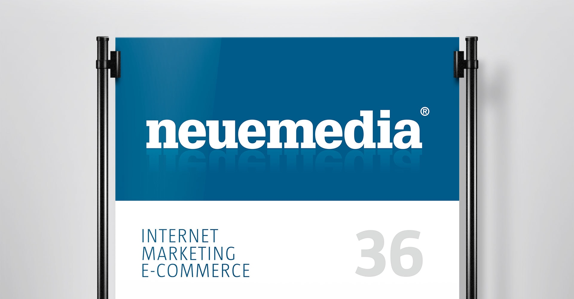 Firmenschild neuemedia Corporate-Design